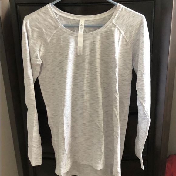 LULULEMON EMERALD LS TOP *4